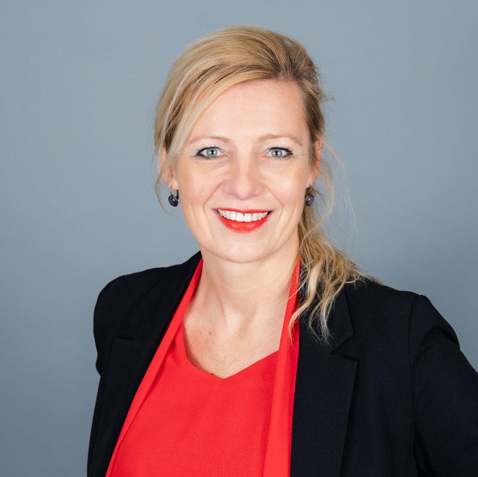 Esther Schroeten
